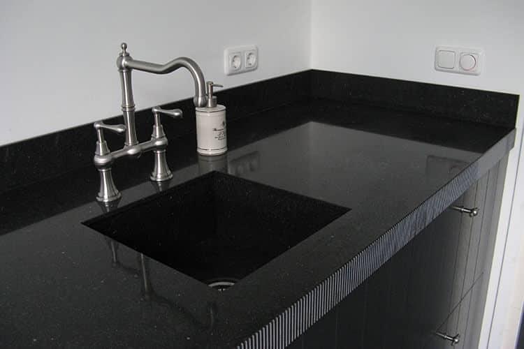 Monochrome keuken zwart